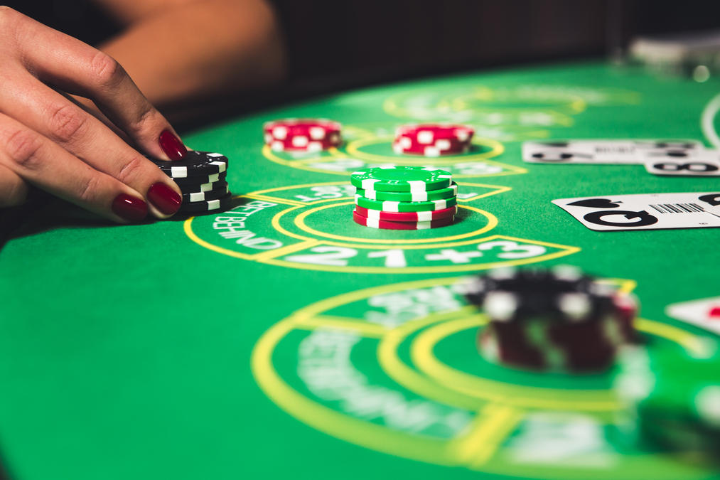 Learn how to play Blackjack Online